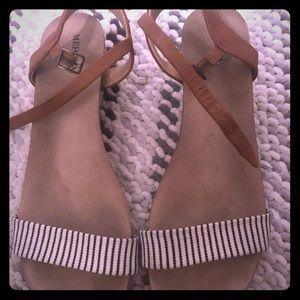 Target heel sandal